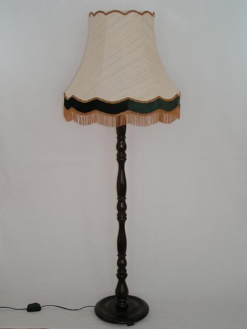 leuchten und lampen stehleuchte mit. Black Bedroom Furniture Sets. Home Design Ideas